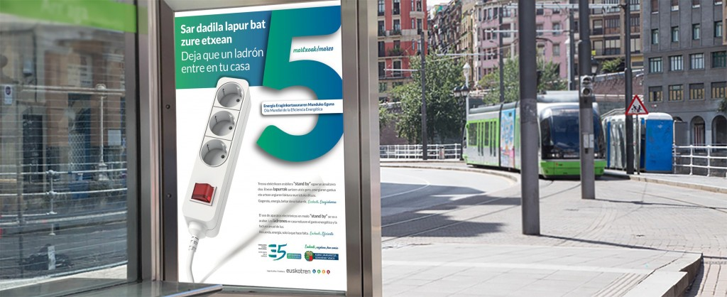 Mupi campaña EVE tranvía Bilbao